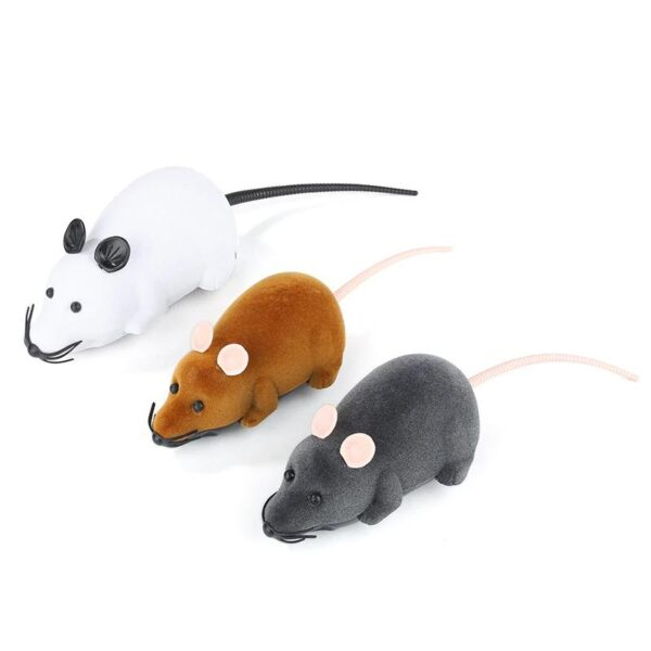Four colors available for mouse toy