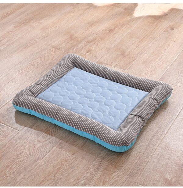 Cooling Dog Bed Blue
